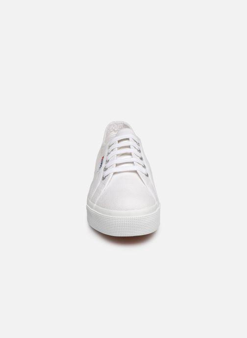 Baskets Superga 2730 Cotu C W Blanc vue portées chaussures