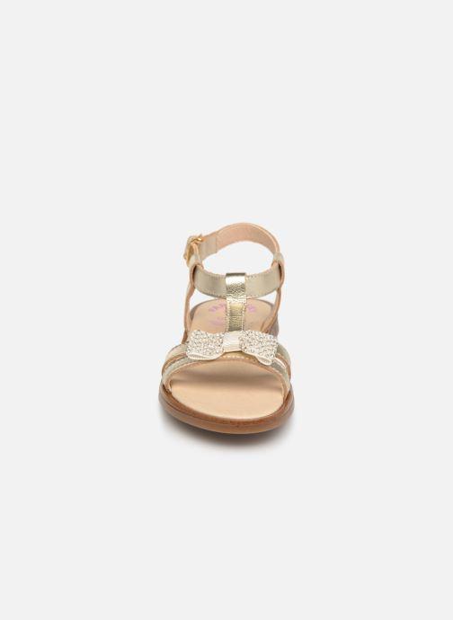 Sandales et nu-pieds Pablosky Frida Or et bronze vue portées chaussures