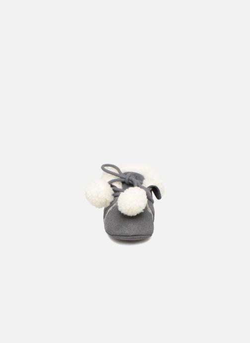 Pantoffels Bout'Chou CHAUSSON POMPON BBC Grijs model