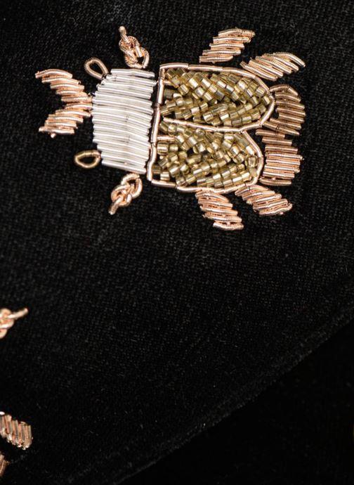 Bolsos de mano Monoprix Femme POCHETTE VELOURS SCARAB Negro vista lateral izquierda