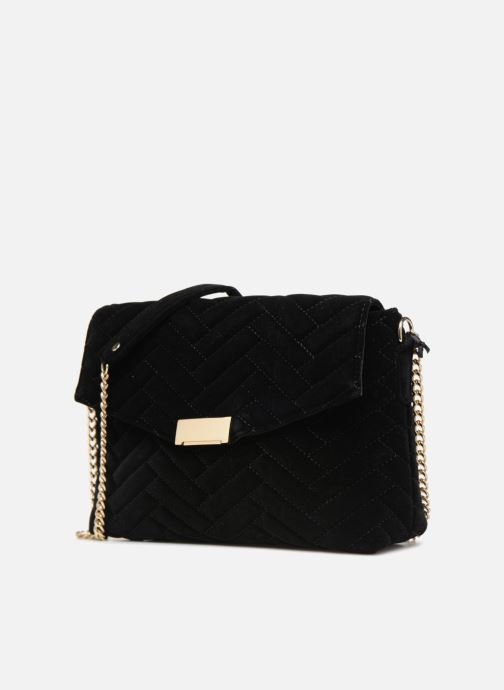 Handbags Monoprix Femme POCHETTE VELOURS MATELASSEE ZIGZAG Black model view