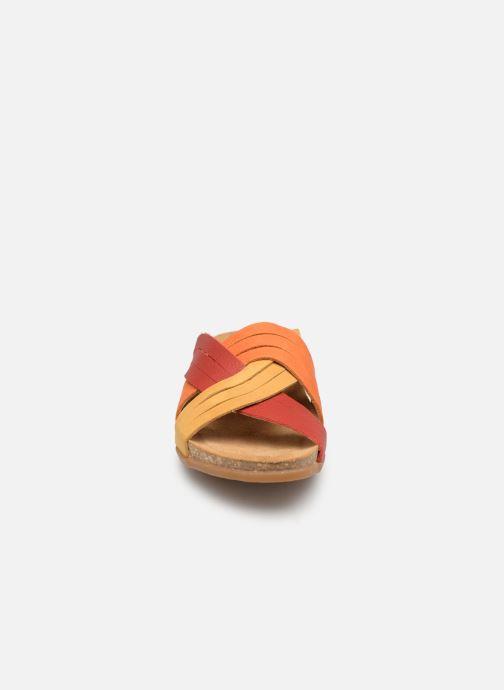 Mules et sabots El Naturalista Zumaia N5243 Orange vue portées chaussures