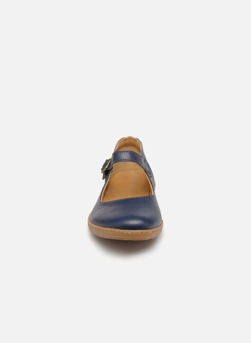 Ballerines El Naturalista Coral N5605T Bleu vue portées chaussures