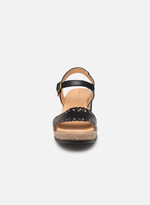 Sandales et nu-pieds El Naturalista Leaves N5026 Noir vue portées chaussures