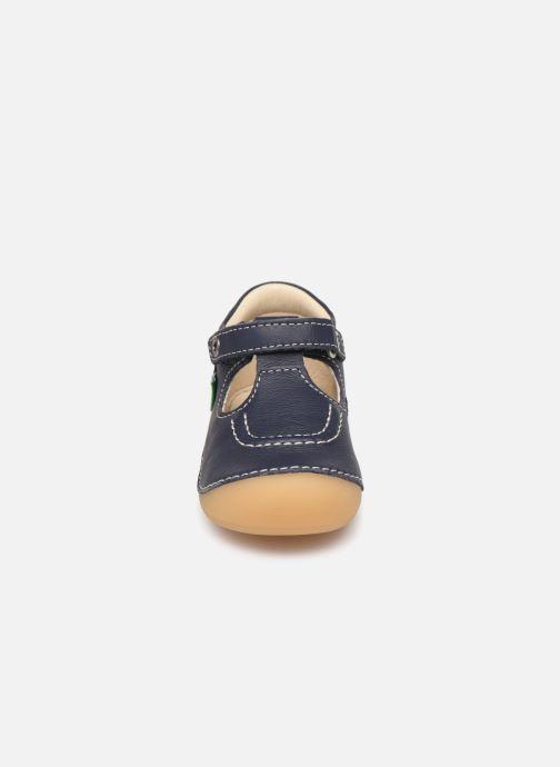 Ballerines Kickers Salome Bleu vue portées chaussures