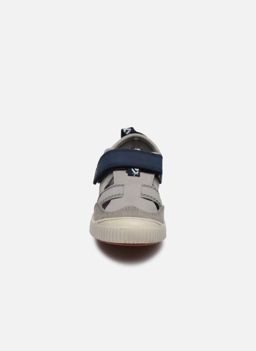 Ballerines Kickers Zut Gris vue portées chaussures