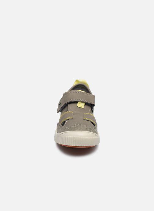 Ballerines Kickers Zut Vert vue portées chaussures
