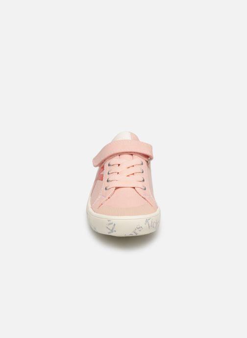 Sneakers Kickers Gody Roze model