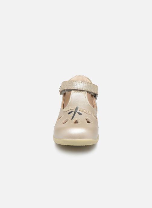 Ballerines Kickers Blumiz Argent vue portées chaussures