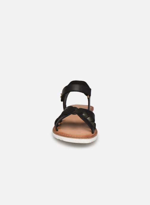 Sandalen Kickers Betty E schwarz schuhe getragen