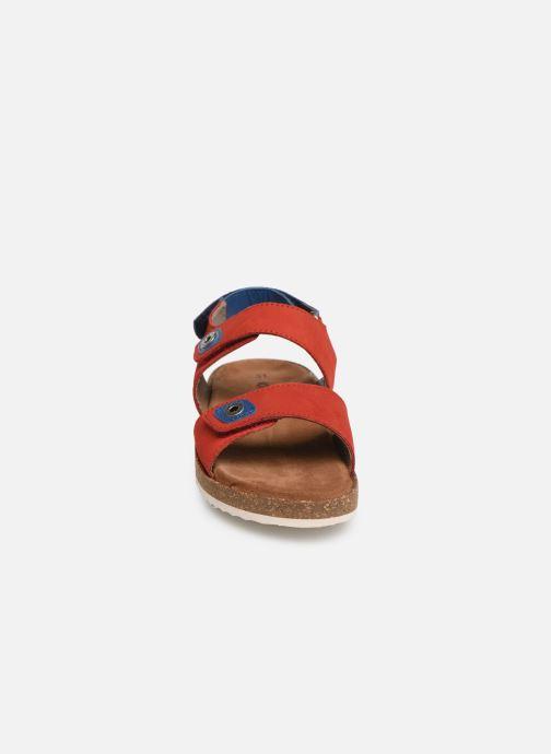 Sandales et nu-pieds Kickers First Rouge vue portées chaussures