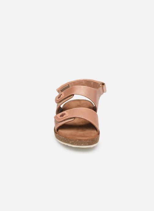 Sandales et nu-pieds Kickers First Rose vue portées chaussures