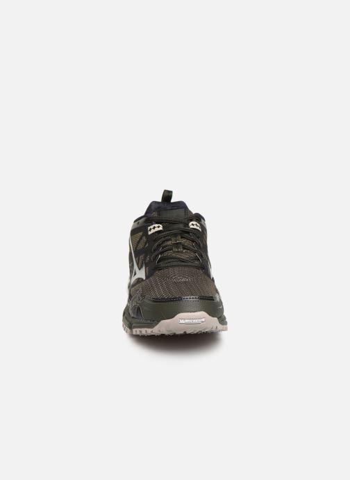 Chaussures de sport Mizuno Wave Daichi 4 Noir vue portées chaussures