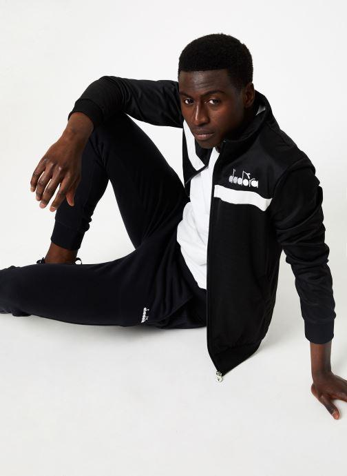 Vêtements Diadora Track Jacket 5Palle Noir vue bas / vue portée sac