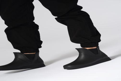 Bottines et boots Tretorn Charlie Noir vue bas / vue portée sac
