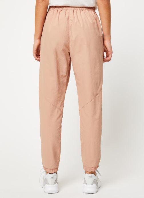 Vêtements Reebok Gigi Track Pants Beige vue portées chaussures