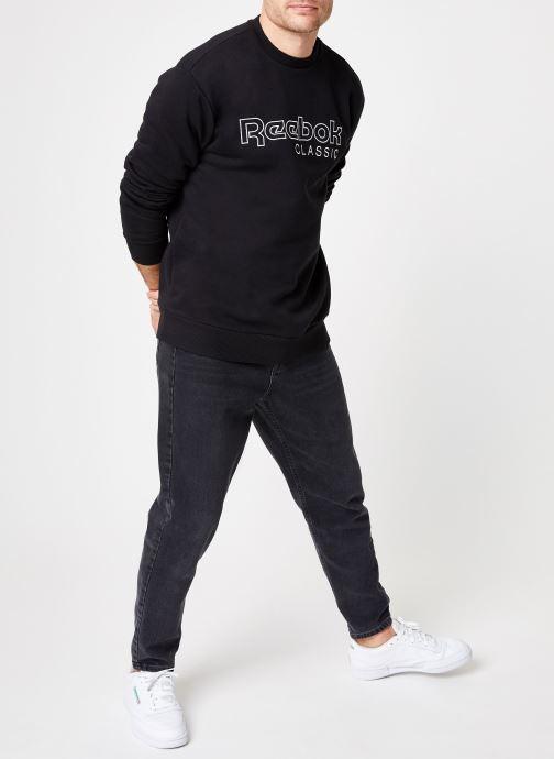 Vêtements Reebok CL FLC Reebok CL Crew Noir vue bas / vue portée sac