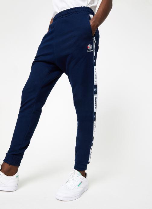 Vêtements Reebok CL FT Taped Pant Bleu vue détail/paire
