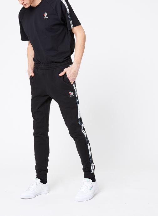 Vêtements Reebok CL FT Taped Pant Noir vue bas / vue portée sac