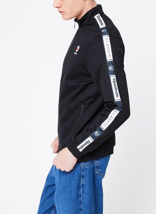 Vêtements Reebok CL Taped Tracktop Noir vue droite
