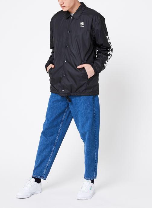 Vêtements Reebok CL GP Windbreaker Noir vue bas / vue portée sac