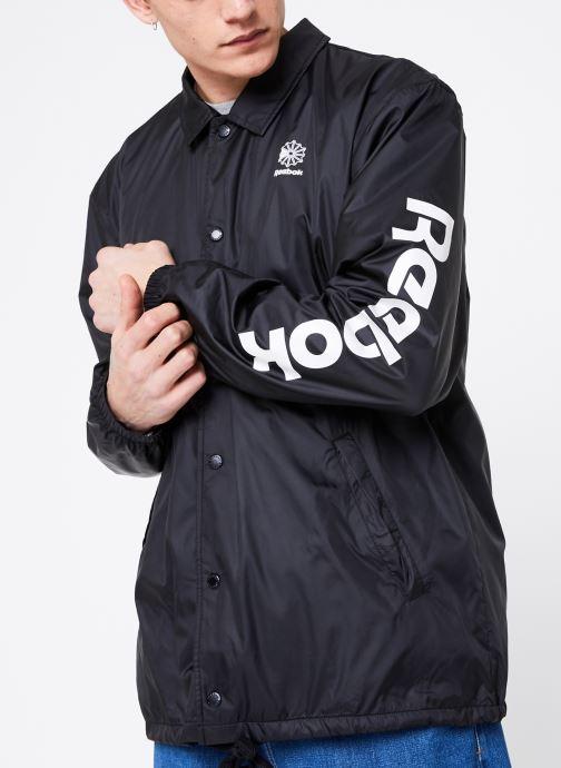 Vêtements Reebok CL GP Windbreaker Noir vue détail/paire