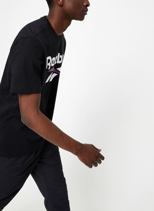 Vêtements Reebok CL V Tee Noir vue droite