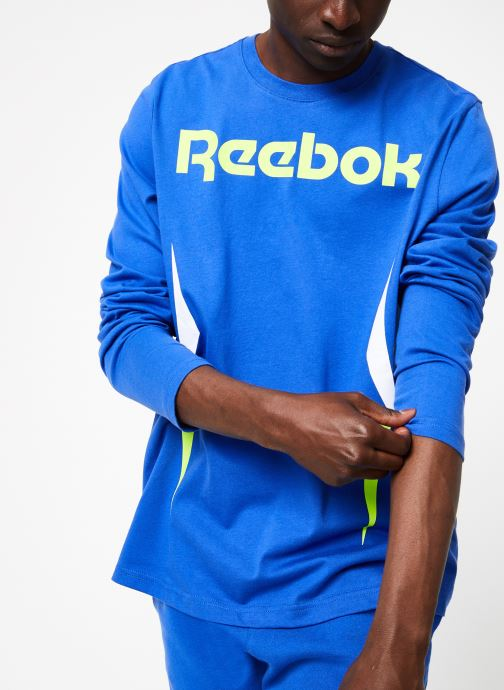 Vêtements Reebok CL V LS Tee Bleu vue détail/paire