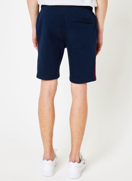 Vêtements Reebok CL V P FL Shorts Bleu vue portées chaussures