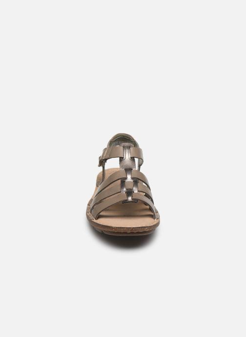 Sandales et nu-pieds Clarks BLAKE JEWEL Vert vue portées chaussures