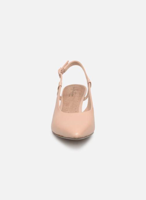 Escarpins Clarks LINVALE LOOP Beige vue portées chaussures