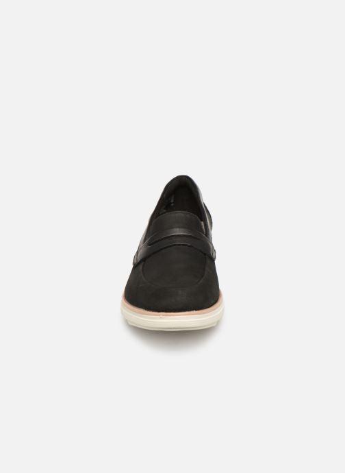 Mocassins Clarks SHARON RANCH Noir vue portées chaussures