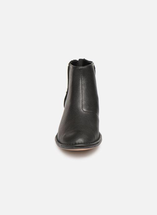 Bottines et boots Clarks SPICED RUBY Noir vue portées chaussures