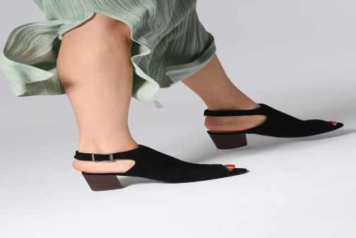Sandalen Clarks DELORIA GIA schwarz ansicht von unten / tasche getragen
