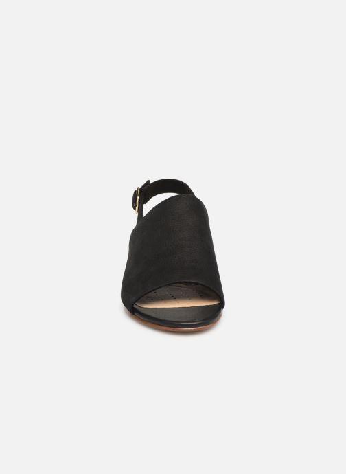 Sandales et nu-pieds Clarks MENA LILY Noir vue portées chaussures