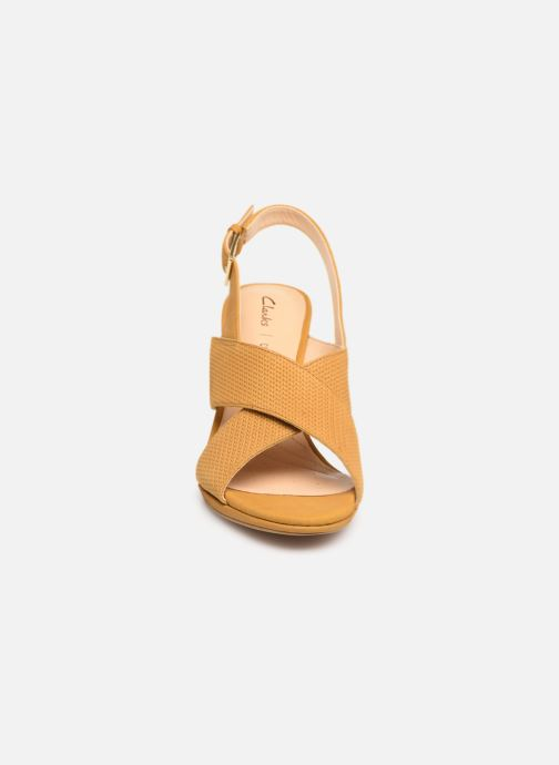 Sandals Clarks DALIA LOTUS Yellow model view
