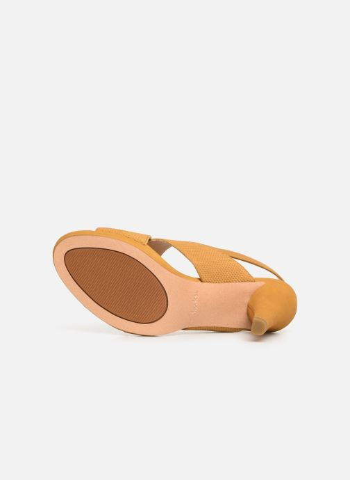 Sandals Clarks DALIA LOTUS Yellow view from above