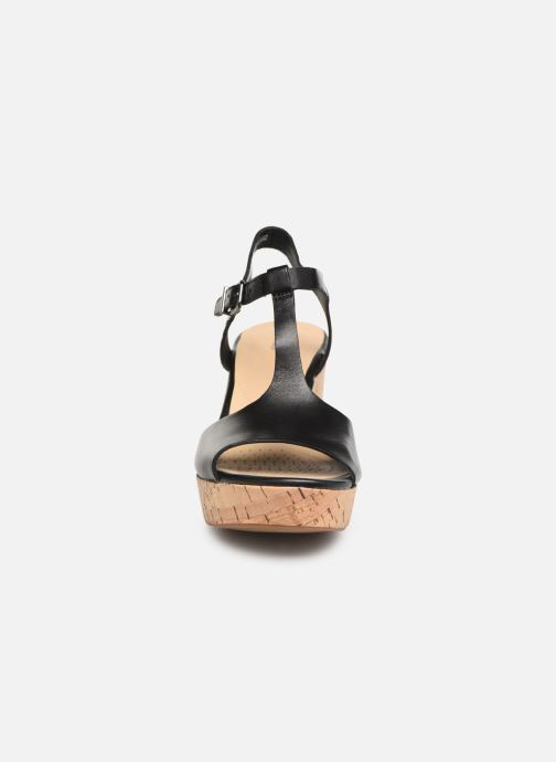 Sandales et nu-pieds Clarks MARITSA CARIE Noir vue portées chaussures