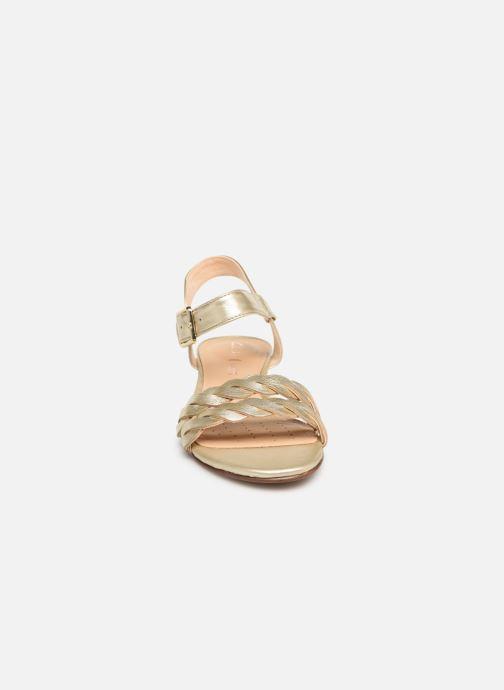 Sandalen Clarks MENA BLOSSOM gold/bronze schuhe getragen