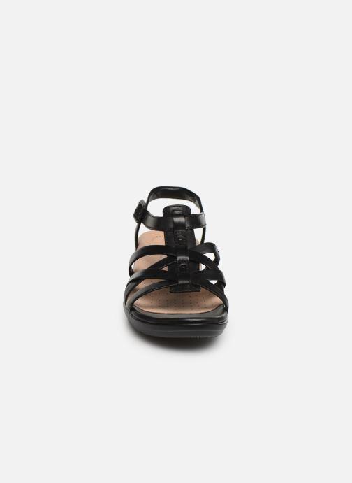 Sandales et nu-pieds Clarks LOOMIS KATEY Noir vue portées chaussures