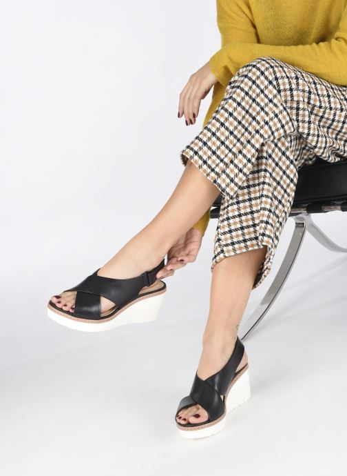 Sandales et nu-pieds Clarks PALM CANDID Noir vue bas / vue portée sac