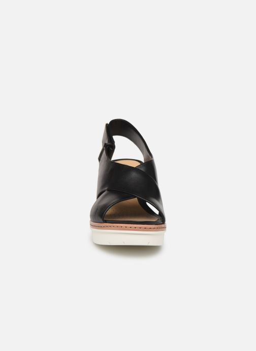 Sandals Clarks PALM CANDID Black model view