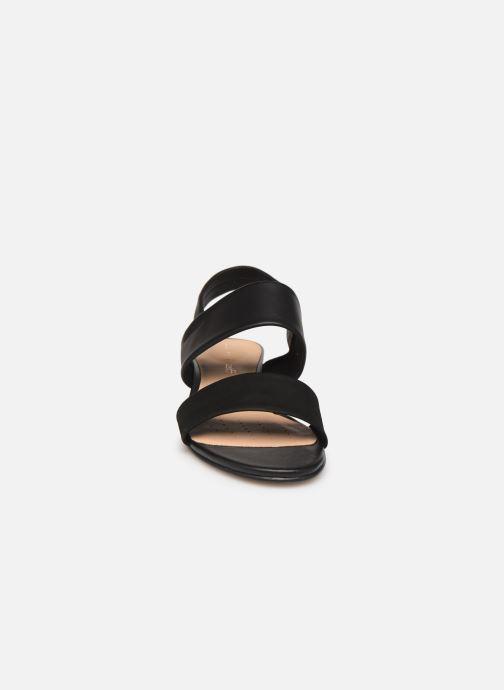Sandales et nu-pieds Clarks SENSE LILY Noir vue portées chaussures