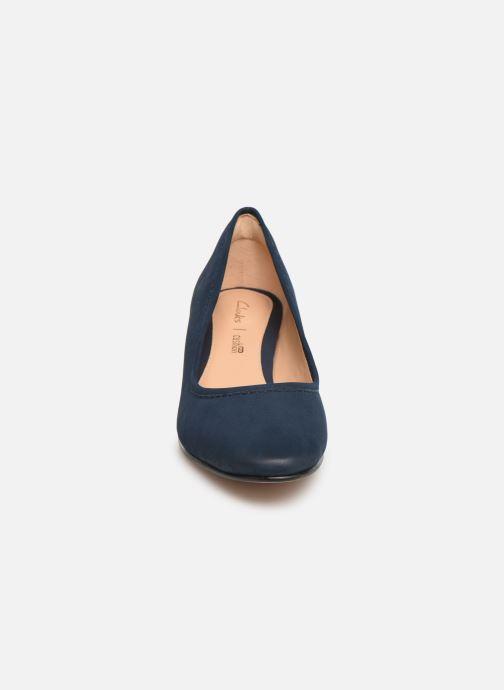 Escarpins Clarks GRACE OLIVIA Bleu vue portées chaussures
