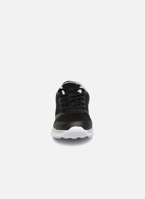 Baskets Kangaroos K-March Noir vue portées chaussures
