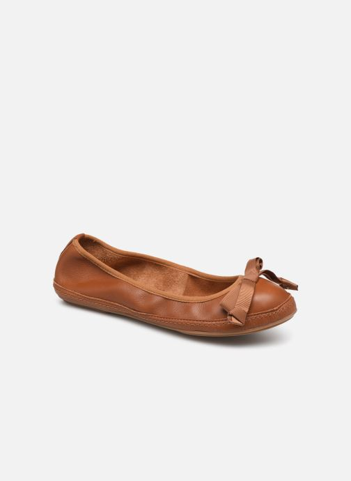 Ballerina's Clarks Clovelly Walk Bruin detail