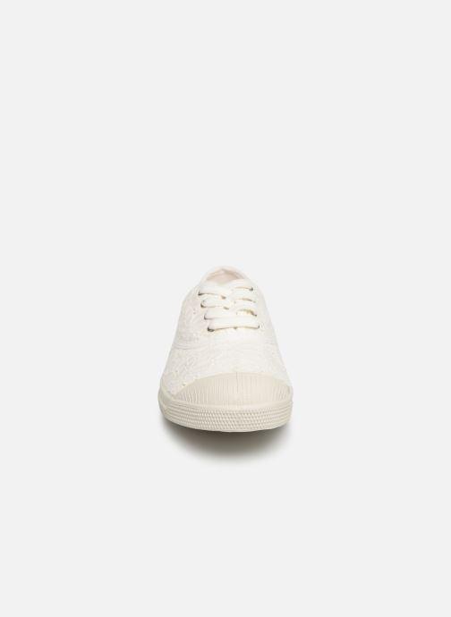 Baskets Bensimon Tennis Lacet Broderie Anglaise Blanc vue portées chaussures