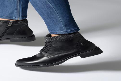 Stiefeletten & Boots Marco Tozzi 2-2-25203-21  096 schwarz ansicht von unten / tasche getragen