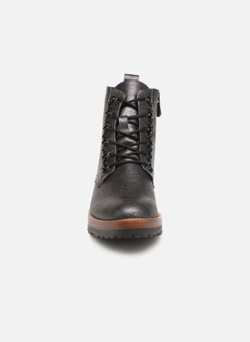 Boots en enkellaarsjes Marco Tozzi 2-2-25265-21  926 Grijs model