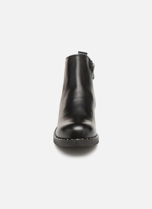 Boots en enkellaarsjes Marco Tozzi 2-2-25437-21  096 Zwart model
